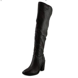 NWOT Vince Camuto Melaya Over the Knee Boot